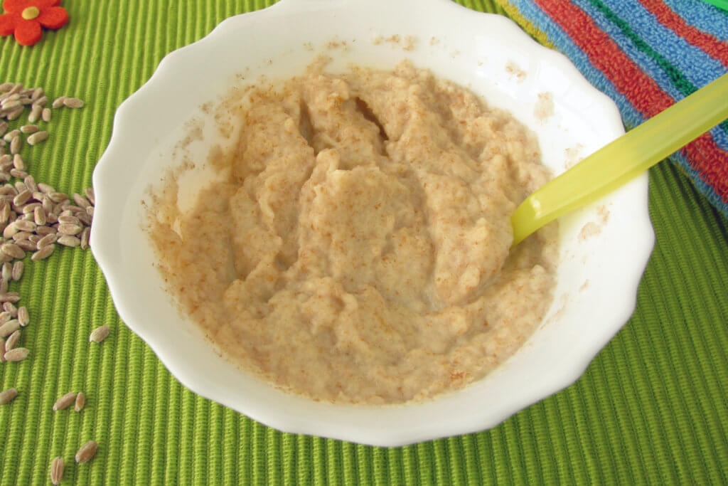 Papilla de pan integral de masa madre para bebés