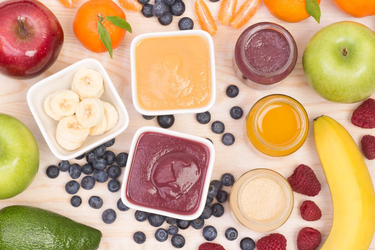 10 papillas de frutas caseras para bebés a partir de 6 meses