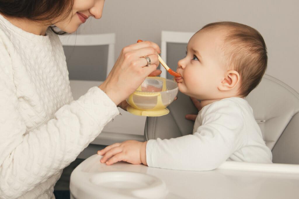 Cuanto debe comer mi bebé