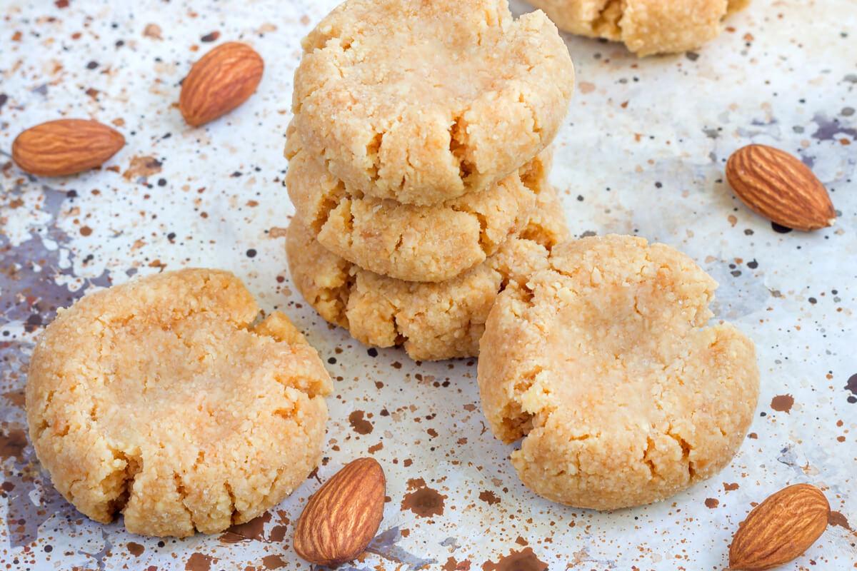 Receta de galletas de almendras y manzana para bebés