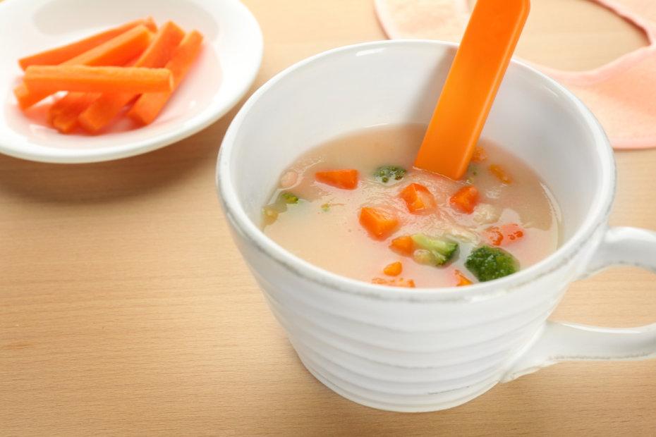 Receta de sopa de zanahoria y pollo para bebés