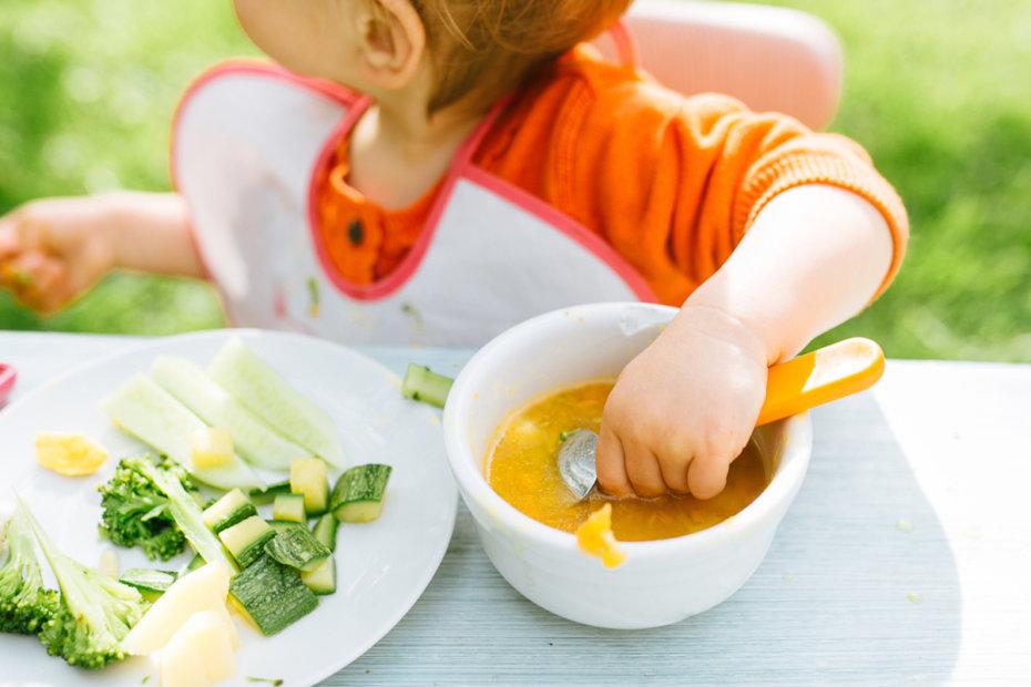 Baby-led weaning mixto: comer sólidos y triturados